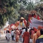 Prozession zum Badeplatz